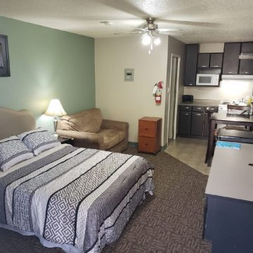 Bachelor Suite in the Brookside Apartment Hotel