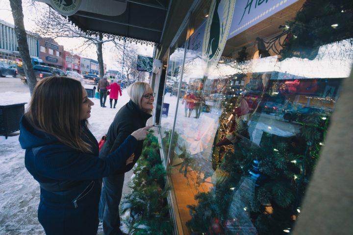 the holiday season christmas window shopping