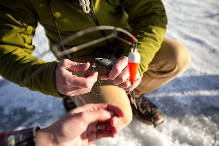getting ice fishing line and baited